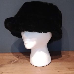 Surell rabit hat
